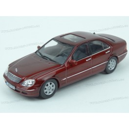 Mercedes Benz (W220) S500 2000, IXO Models 1:43