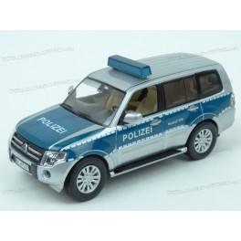 Mitsubishi Pajero Polizei (Germany) 2012, Premium X Models 1:43