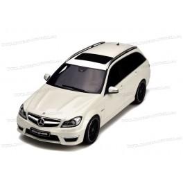 Mercedes Benz (S204) C63 AMG T-modell 2011, GT Spirit 1/18 scale
