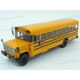 GMC 6000 Schoolbus 1990, IXO Models 1:43