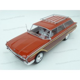 Ford Country Squire 1960 (Red), MCG (Model Car Group) 1/18 scale