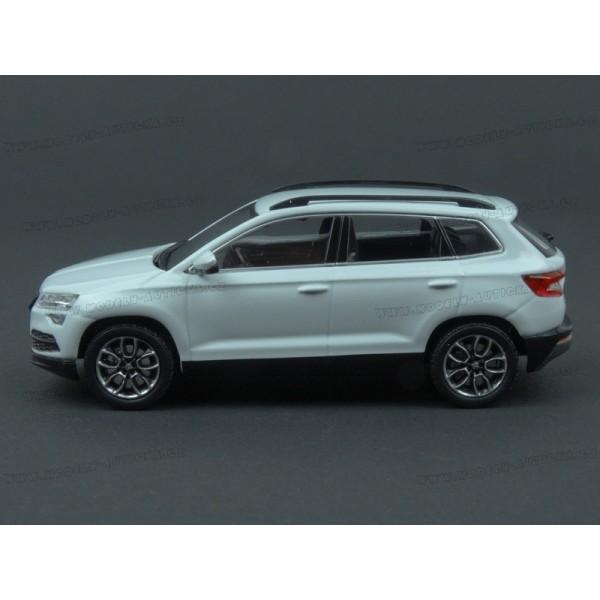 500ed852acb1c ... Škoda Karoq 2017 (White) model 1:43 IXO Models 5A7099300S9R ...