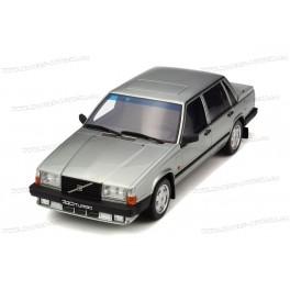 Volvo 740 Turbo 1987, OttO mobile 1/18 scale