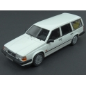 Volvo 940 GL Estate 1990 model 1:43 Neo Models NEO49553