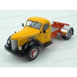 International Harvester KB 7 1948, IXO Models 1/43 scale