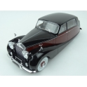 Rolls Royce Silver Wraith Empires by Hooper 1956 (Black/Red) model 1:18 MCG (Model Car Group) MCG18064