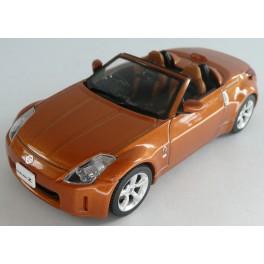 Nissan Fairlady Z Roadster 2005, EBBRO 1:43