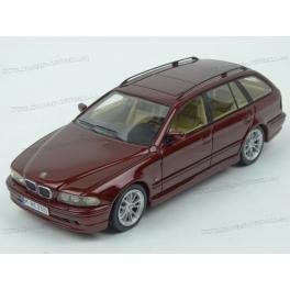 BMW (E39) 520i Touring 2002, Neo Models 1/43 scale
