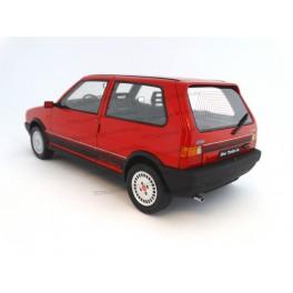 Modely aut - Fiat Uno Turbo 1987 v měřítku 1:18