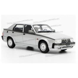 Modely aut - Alfa Romeo V6 3.0 1987 v měřítku 1:18