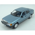 Mercedes Benz (W124) 300 E 1984 model 1:18 MCG (Model Car Group) MCG18099
