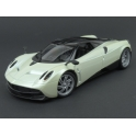 Pagani Huayra 2012 (White met.) model 1:24 WELLY WE-24088w