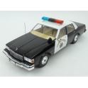 Chevrolet Caprice California Highway Patrol (Police) 1987 model 1:18 MCG (Model Car Group) MCG18114