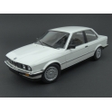 BMW (E30) 323i 1982 (White) model 1:18 Minichamps MI-155026005