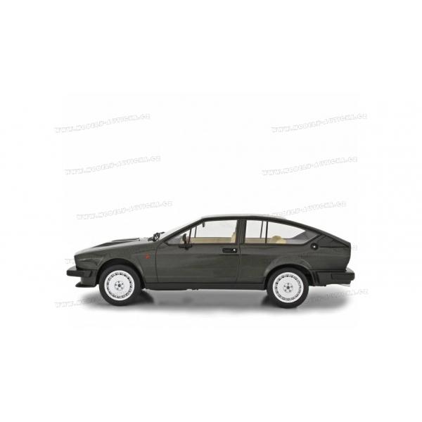 Alfa Romeo GTV 6 2.5 Serie 1 1980, Laudoracing-Model 1/18