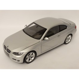 BMW (E92) 330i Coupe 2007