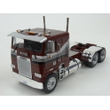 Freightliner FLA 1993 (Red Met.) model 1:43 IXO Models TR047