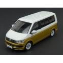 Volkswagen T6 Multivan 2017 model 1:43 IXO Models CLC351N