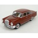 Mercedes Benz (W111) 220 SE 1959 model 1:43 IXO Models CLC357N