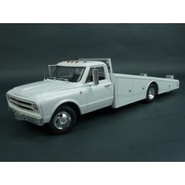 Chevrolet C30 Ramp Truck 1967 model 1:18 ACME A1801700
