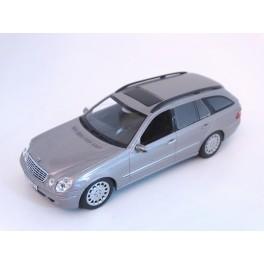 Mercedes Benz E-Klasse T-Modell 2003, Minichamps 1:43