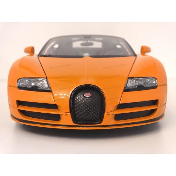 bugatti veyron 16 4 vs grand sport vs supersport vs vitesse 1200hp bugatti veyron grand sport. Black Bedroom Furniture Sets. Home Design Ideas