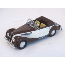 BMW 327 Cabriolet 1939, WhiteBox 1/43 scale