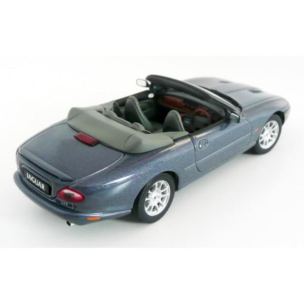 jaguar xkr cabrio autoart 1 43 model. Black Bedroom Furniture Sets. Home Design Ideas