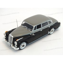 Mercedes Benz (W189) 300d 1957, WhiteBox 1:43