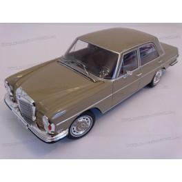 Mercedes Benz (W108) 280 SE 1968-1972
