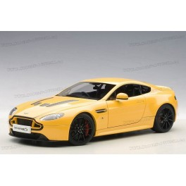 Aston Martin V12 Vantage S 2015, AUTOart 1:18