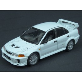 Mitsubishi Lancer EVO V 1998, WhiteBox 1:43