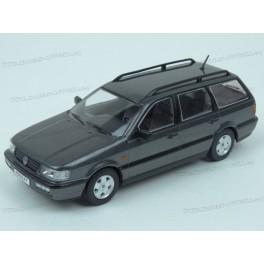 Volkswagen Passat Variant (B4) 1993, Premium X Models 1/43 scale